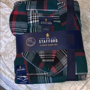 Brand new men's size large pajama set